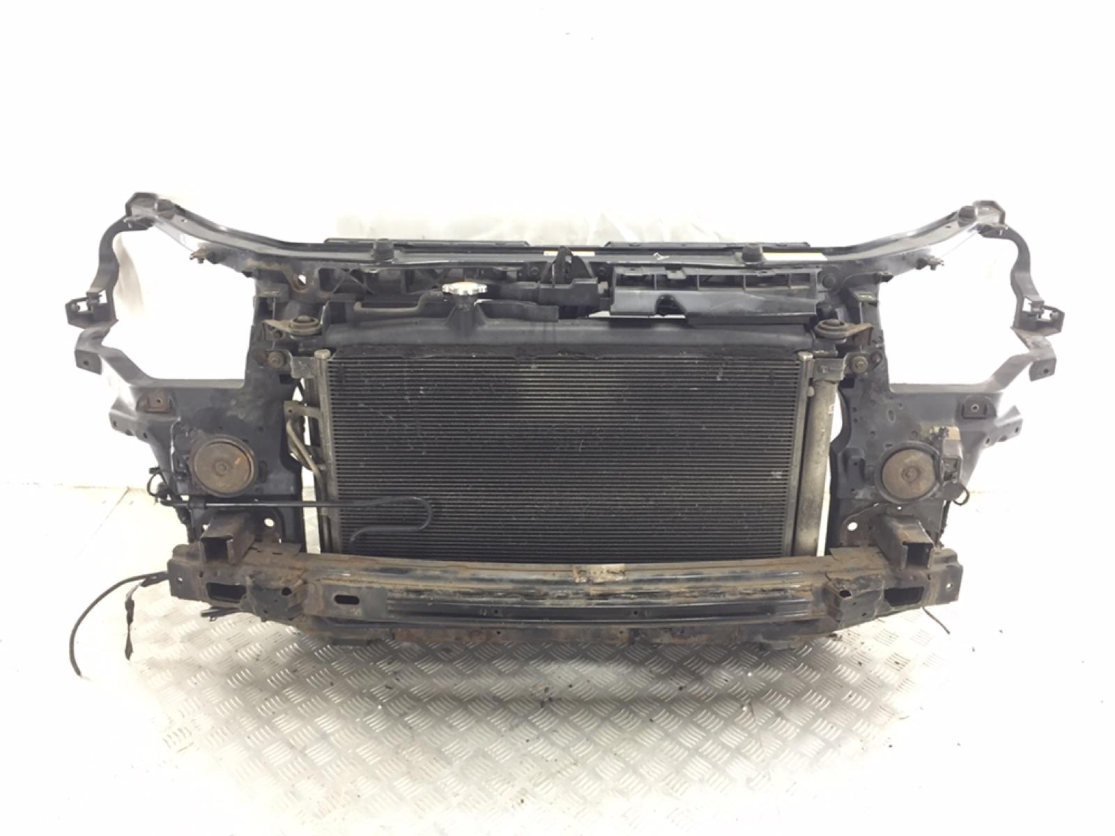 Панель передняя (телевизор) Hyundai Santa Fe 2.2 CRDI 2007 (б/у)
