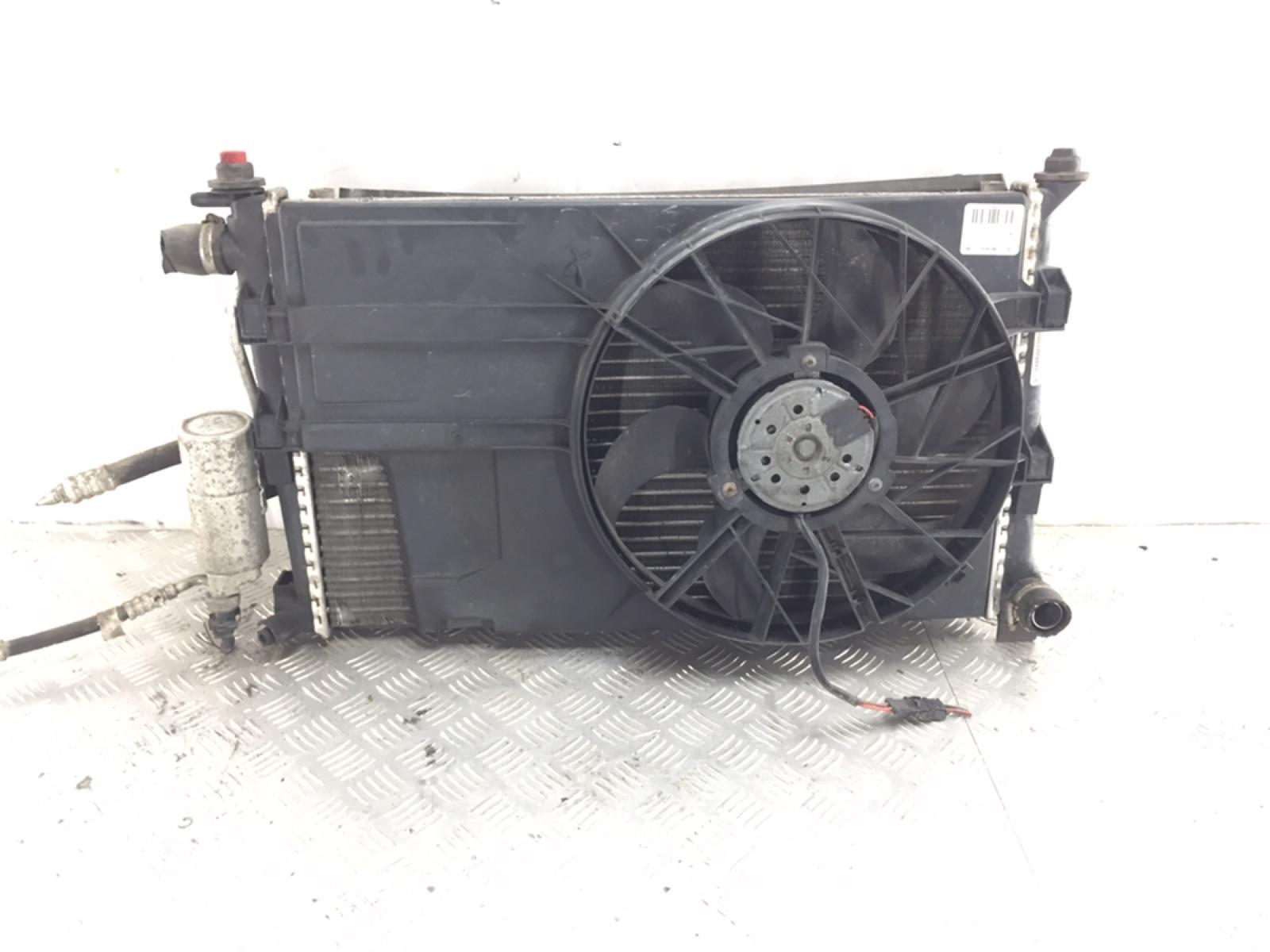 Кассета радиаторов Mercedes A W168 1.6 I 2004 (б/у)