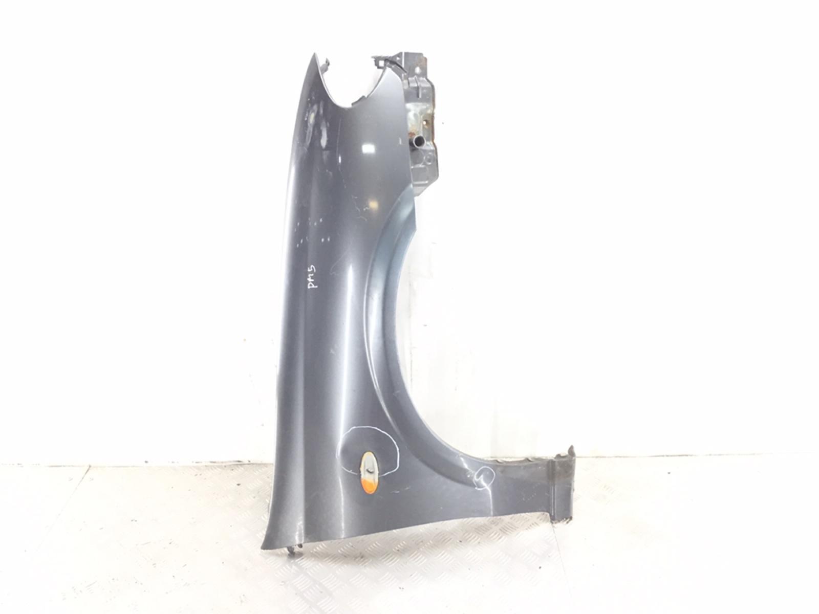 Крыло переднее правое Nissan Almera N16 1.8 I 2005 (б/у)