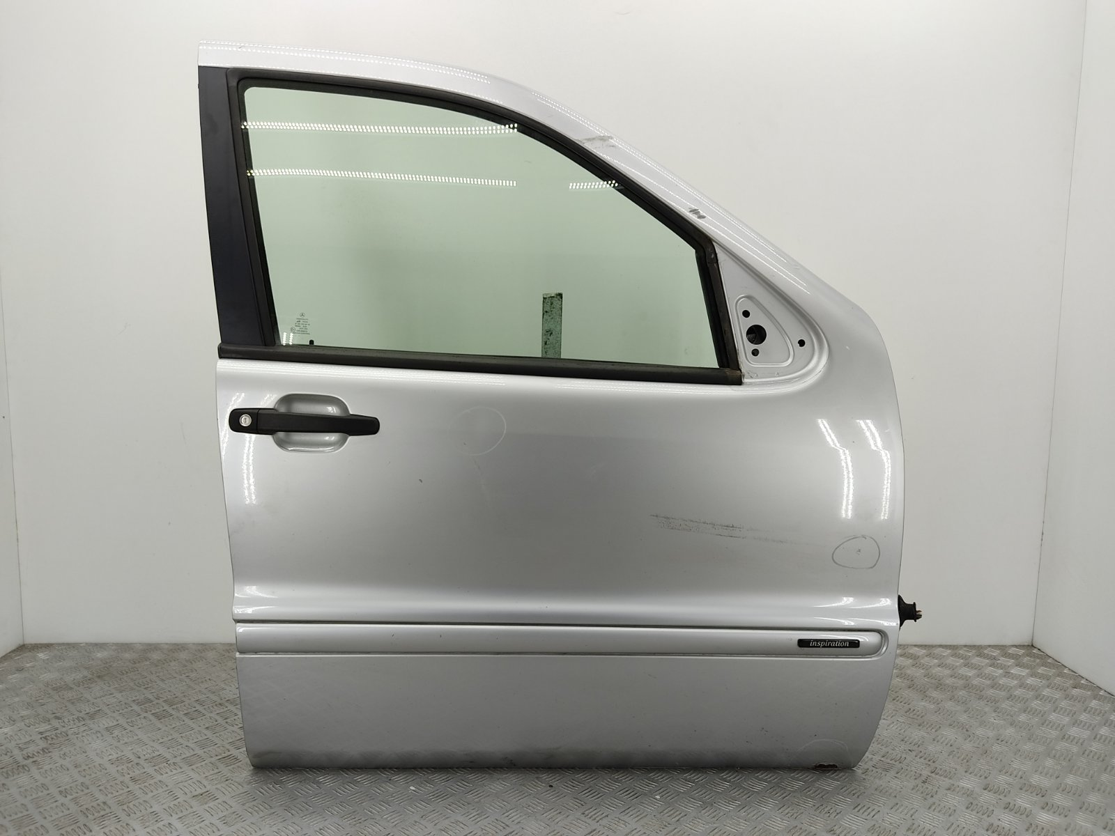 Дверь передняя правая Mercedes Ml W163 2.7 CDI 2003 (б/у)