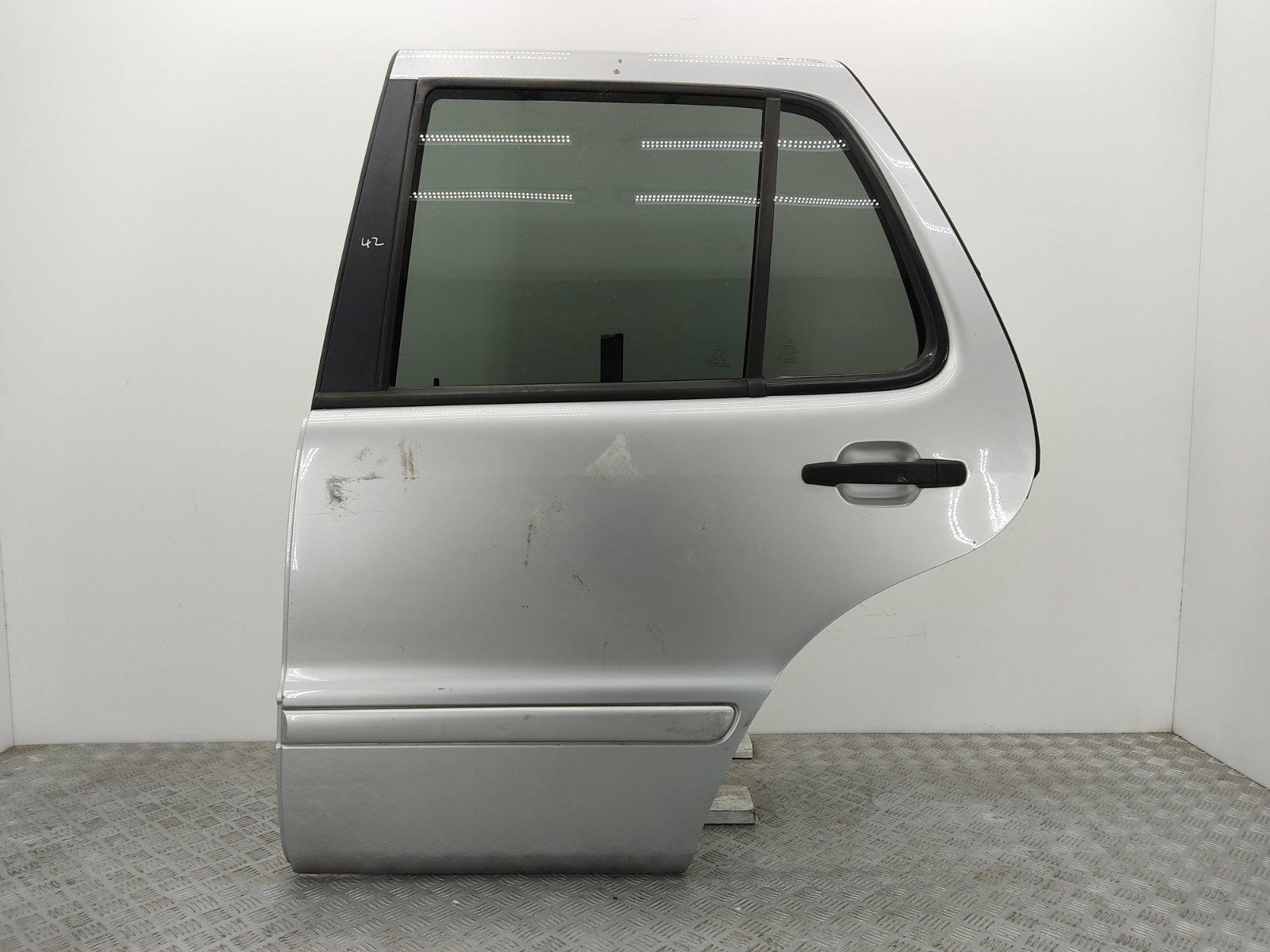 Дверь задняя левая Mercedes Ml W163 2.7 CDI 2003 (б/у)