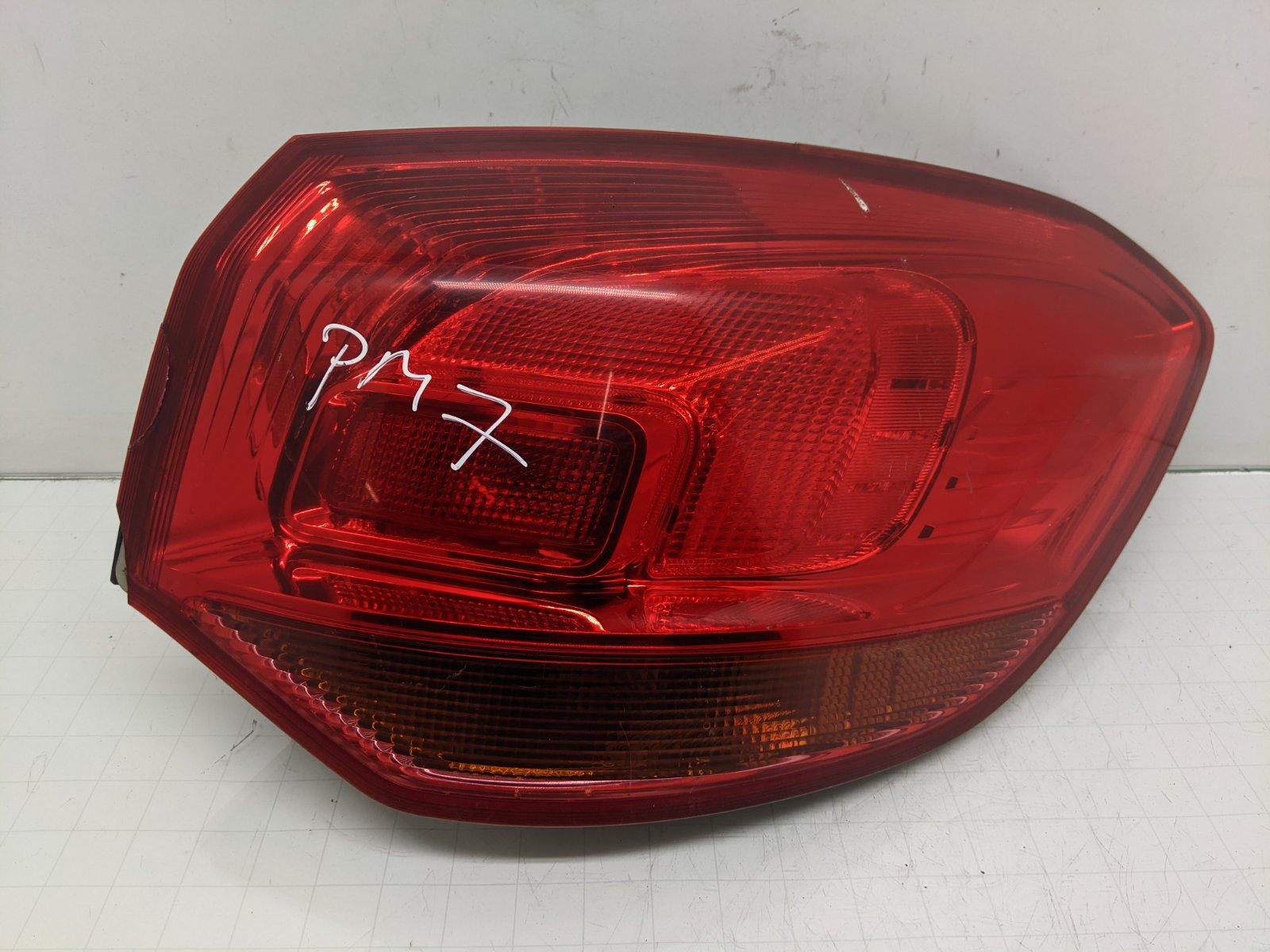 Фонарь задний правый Opel Astra J 1.7 CDTI 2010 (б/у)