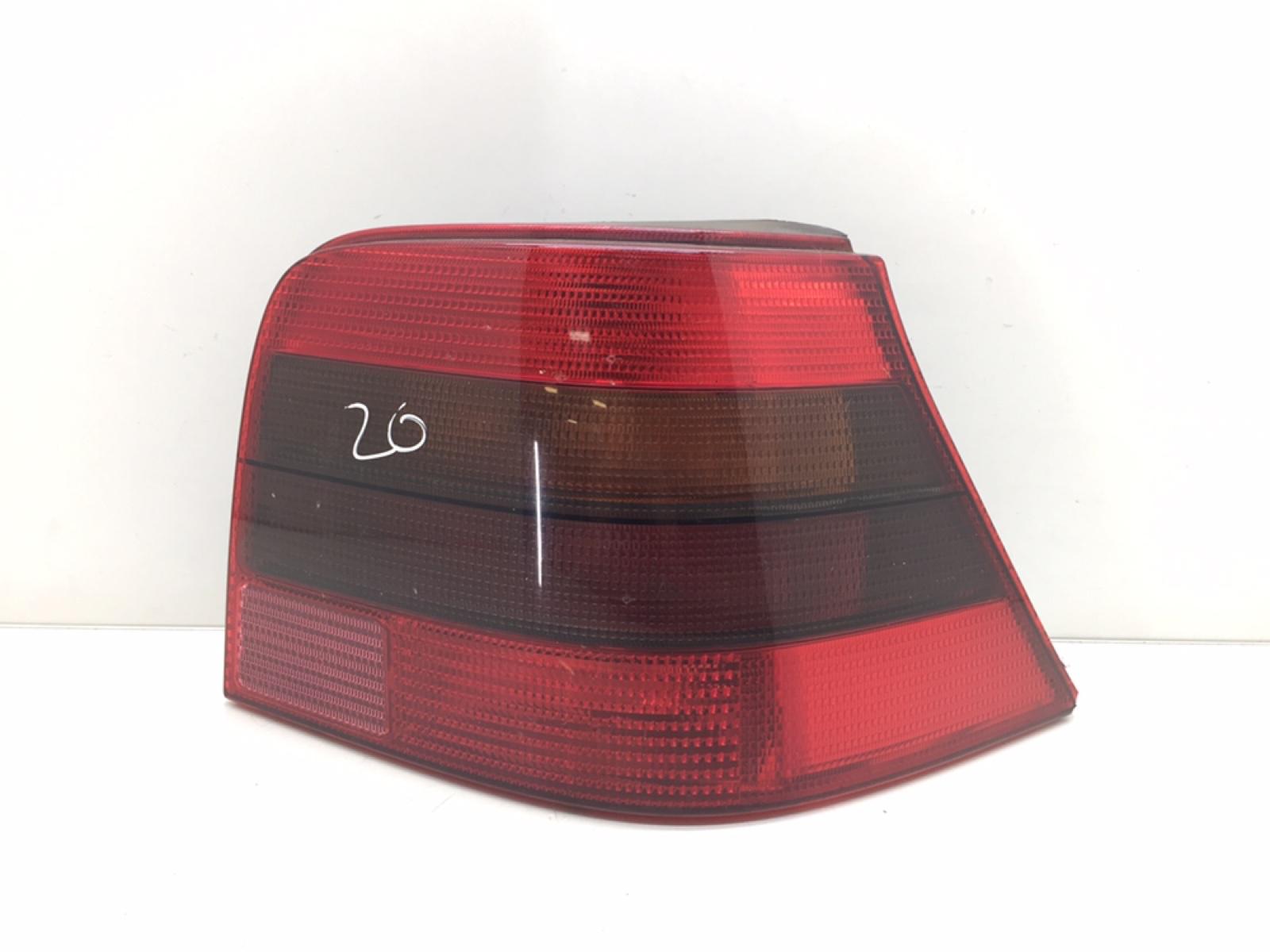 Фонарь задний правый Volkswagen Golf 4 2.3 I 2002 (б/у)