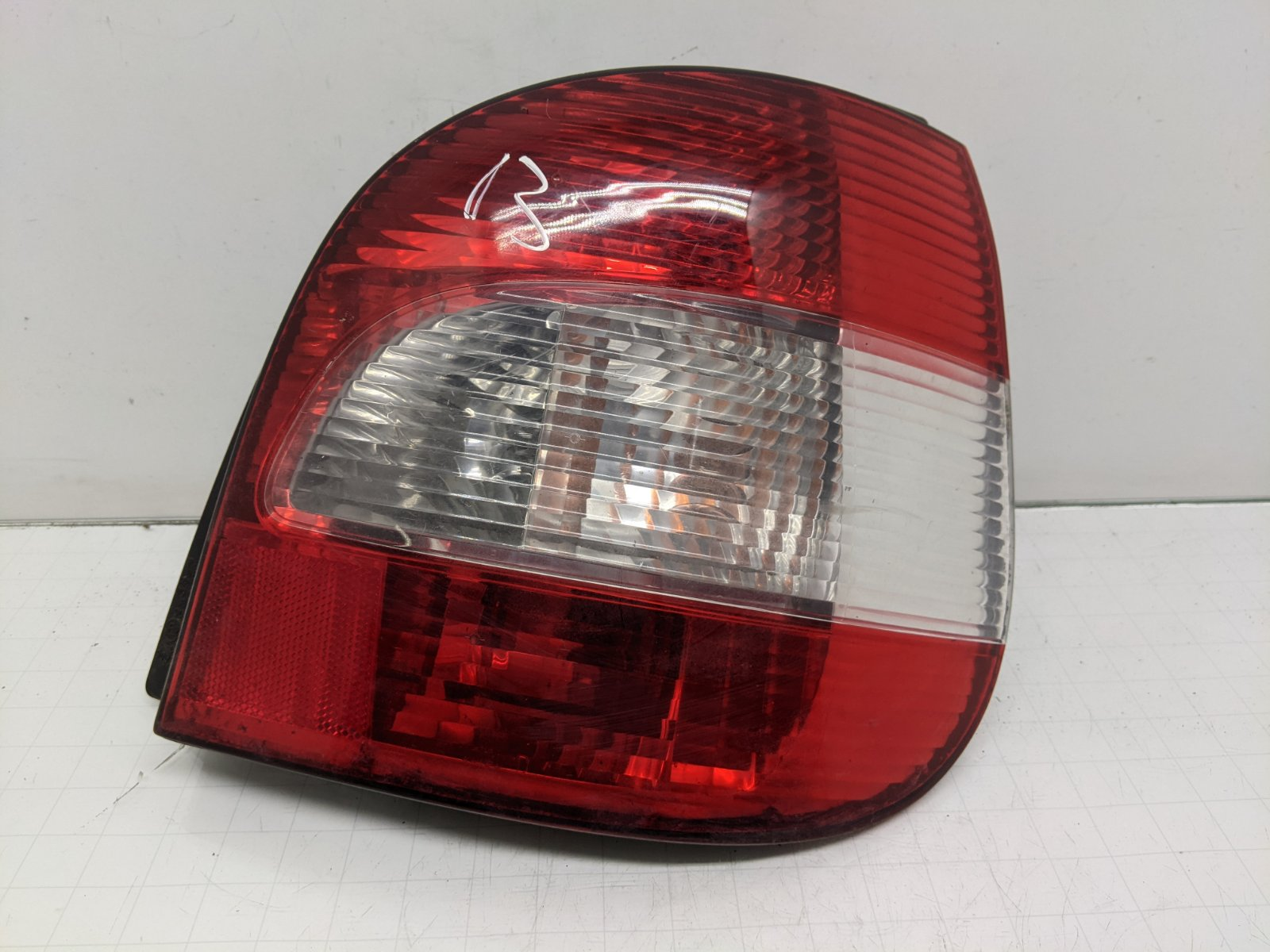 Фонарь задний правый Renault Scenic 1.4 I 2003 (б/у)