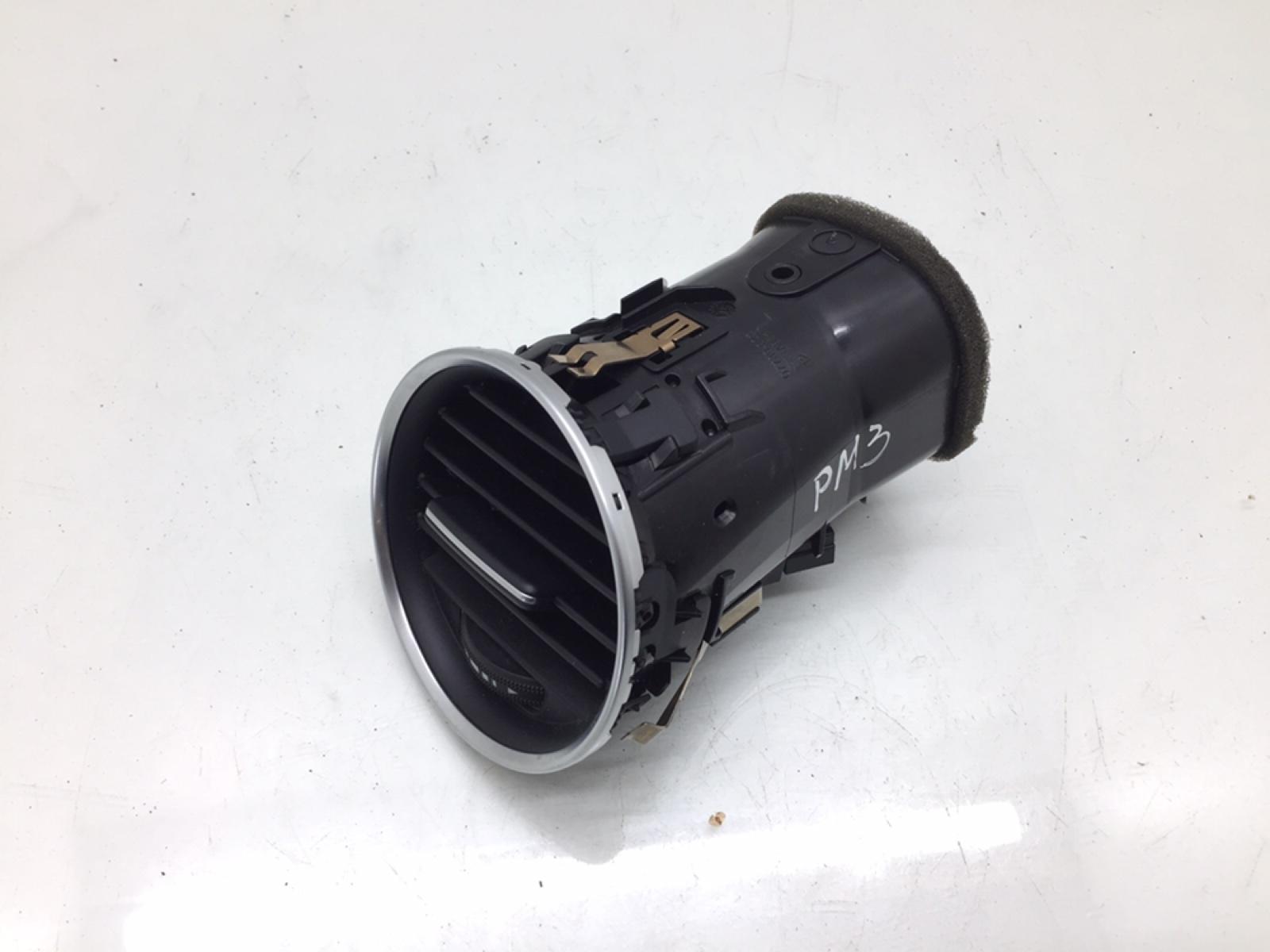 Дефлектор обдува салона Mercedes C W204 2.2 CDI 2012 (б/у)