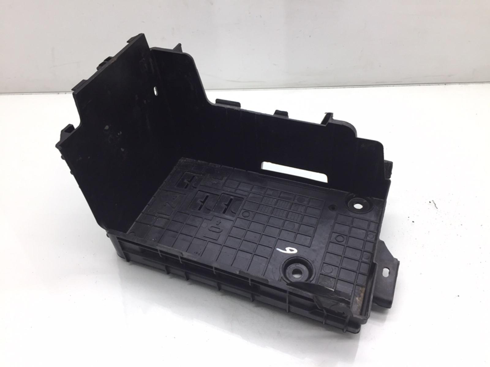 Полка аккумулятора Citroen C3 1.4 I 2012 (б/у)
