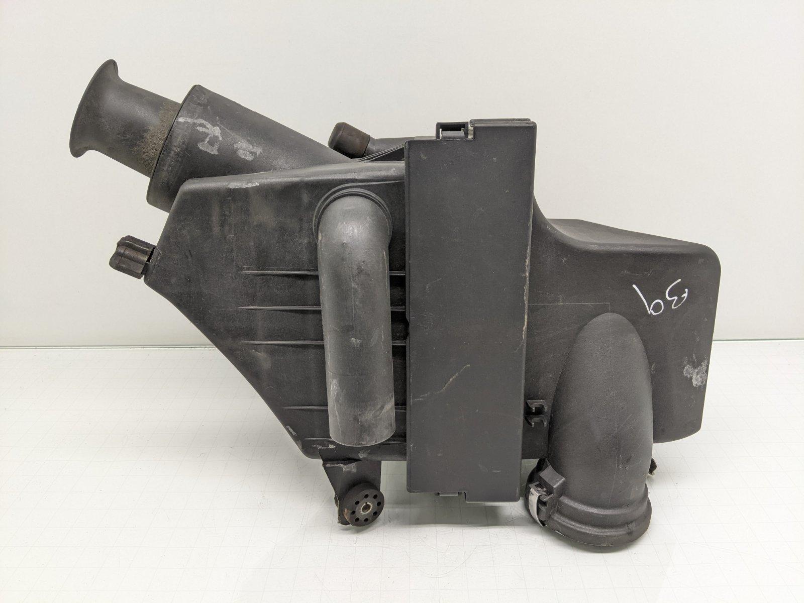 Корпус воздушного фильтра Bmw 5 E39 2.8 I 2000 (б/у)