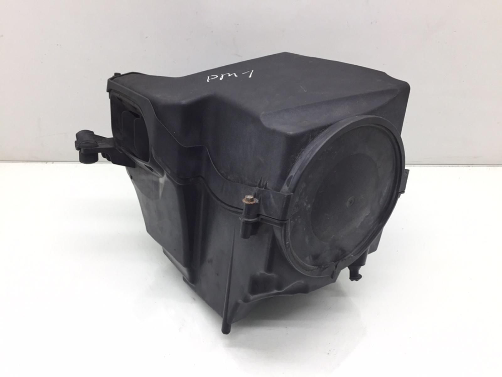 Корпус воздушного фильтра Ford Focus 1.8 TDCI 2009 (б/у)