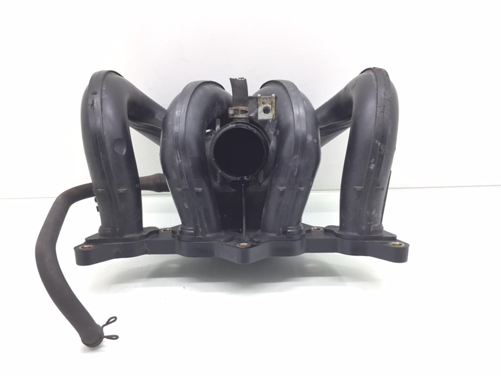 Коллектор впускной Toyota Yaris P1 1.3 I 2002 (б/у)