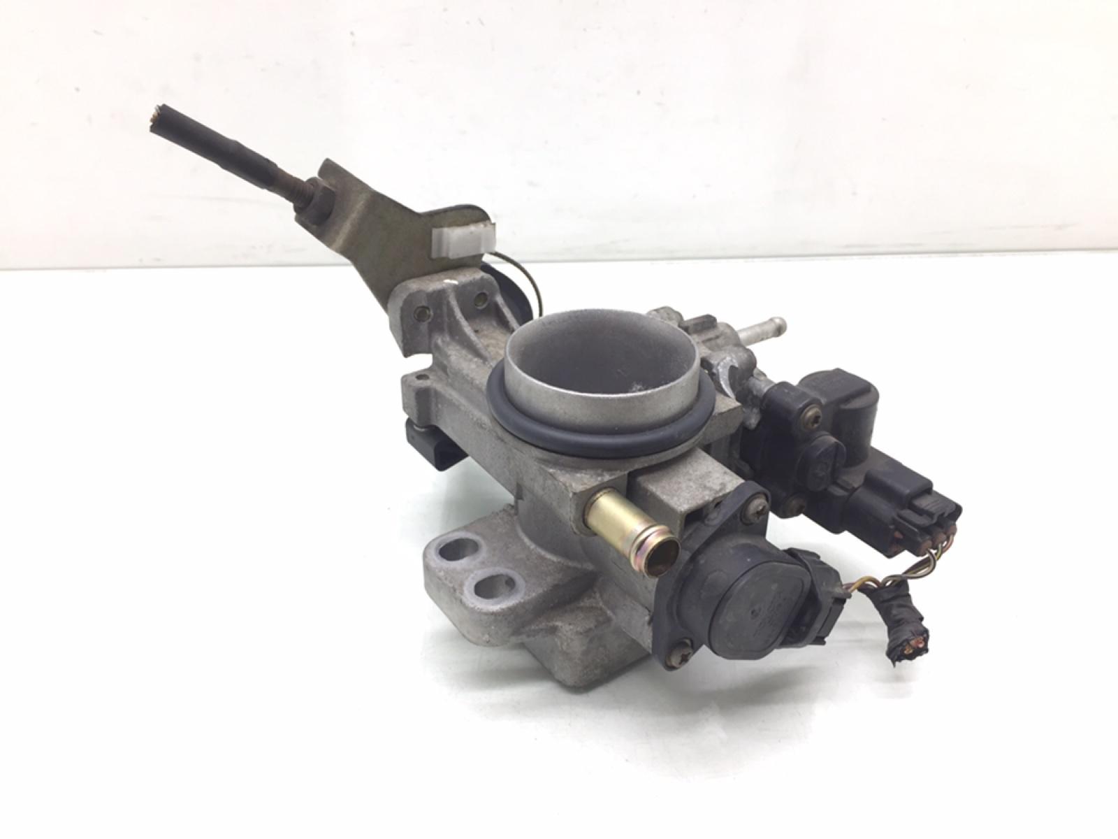 Заслонка дроссельная Toyota Yaris P1 1.3 I 2002 (б/у)