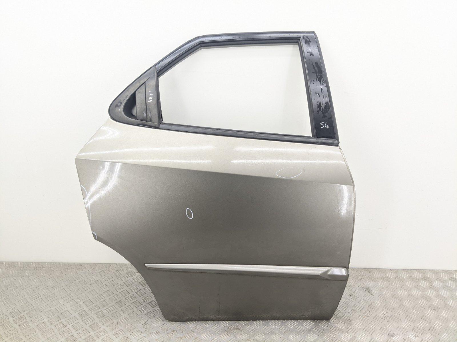 Дверь задняя правая Honda Civic 1.8 I 2006 (б/у)