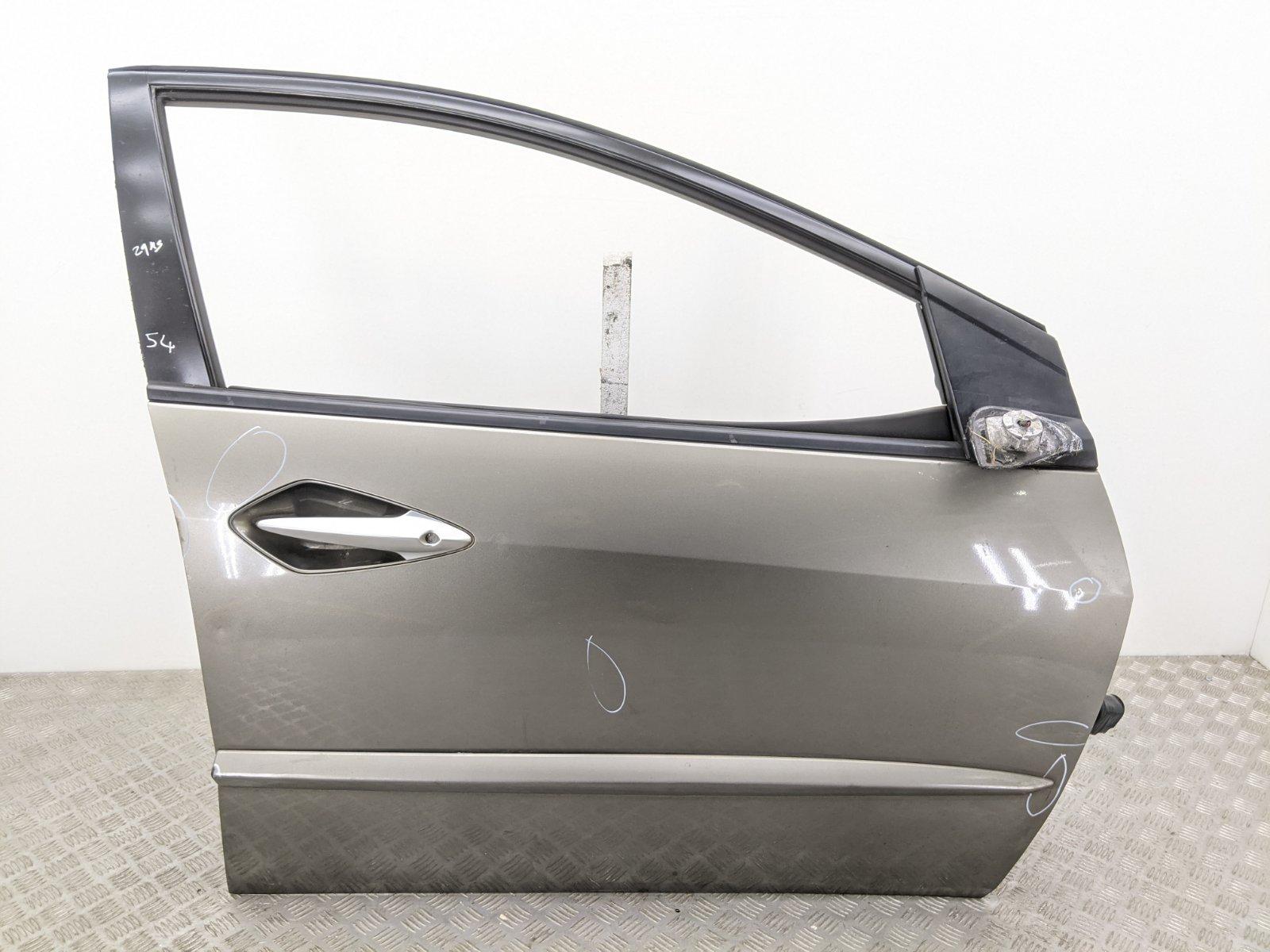 Дверь передняя правая Honda Civic 1.8 I 2006 (б/у)