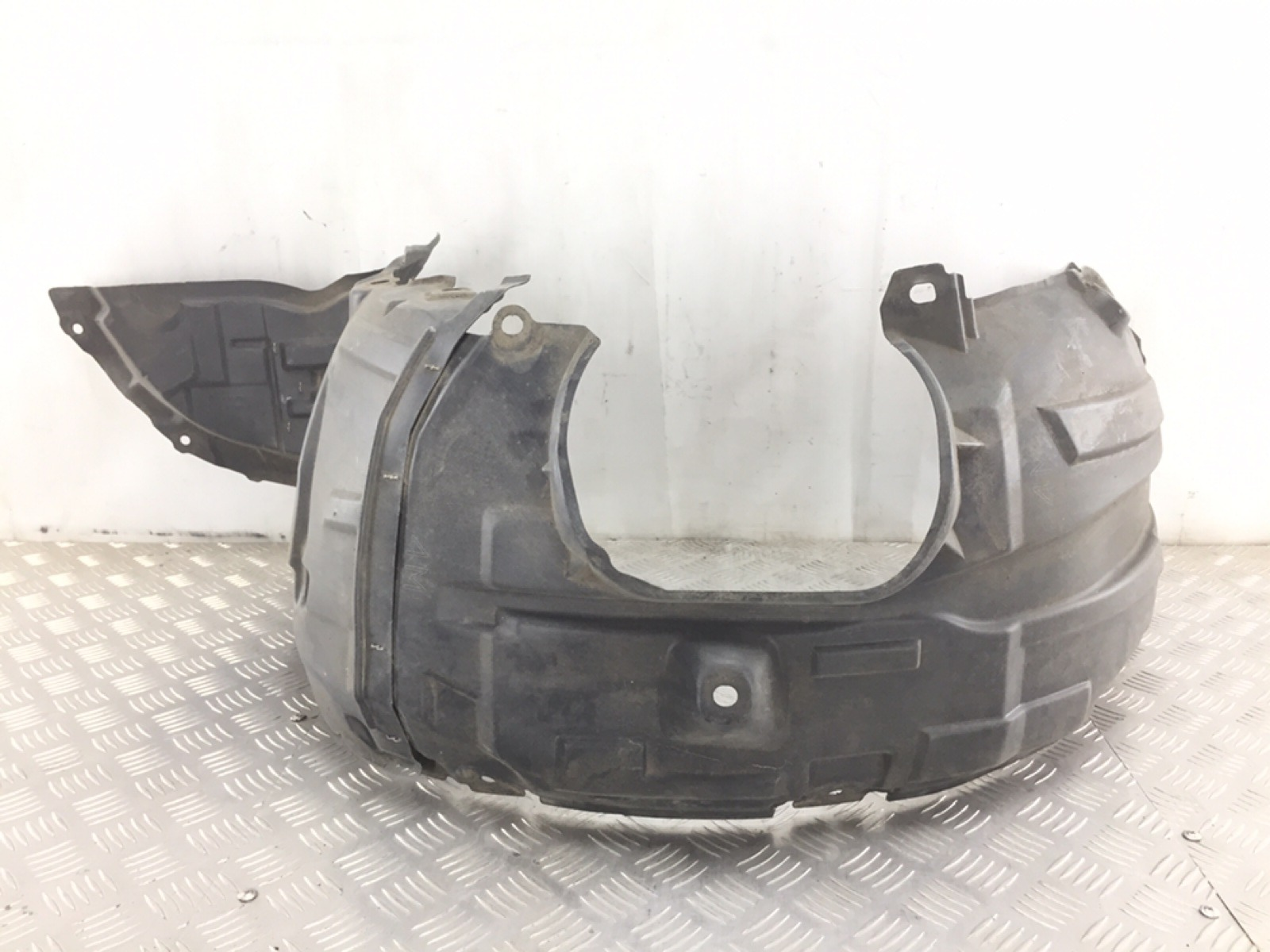 Защита арок передняя левая (подкрылок) Mazda 3 BK 1.6 I 2008 (б/у)