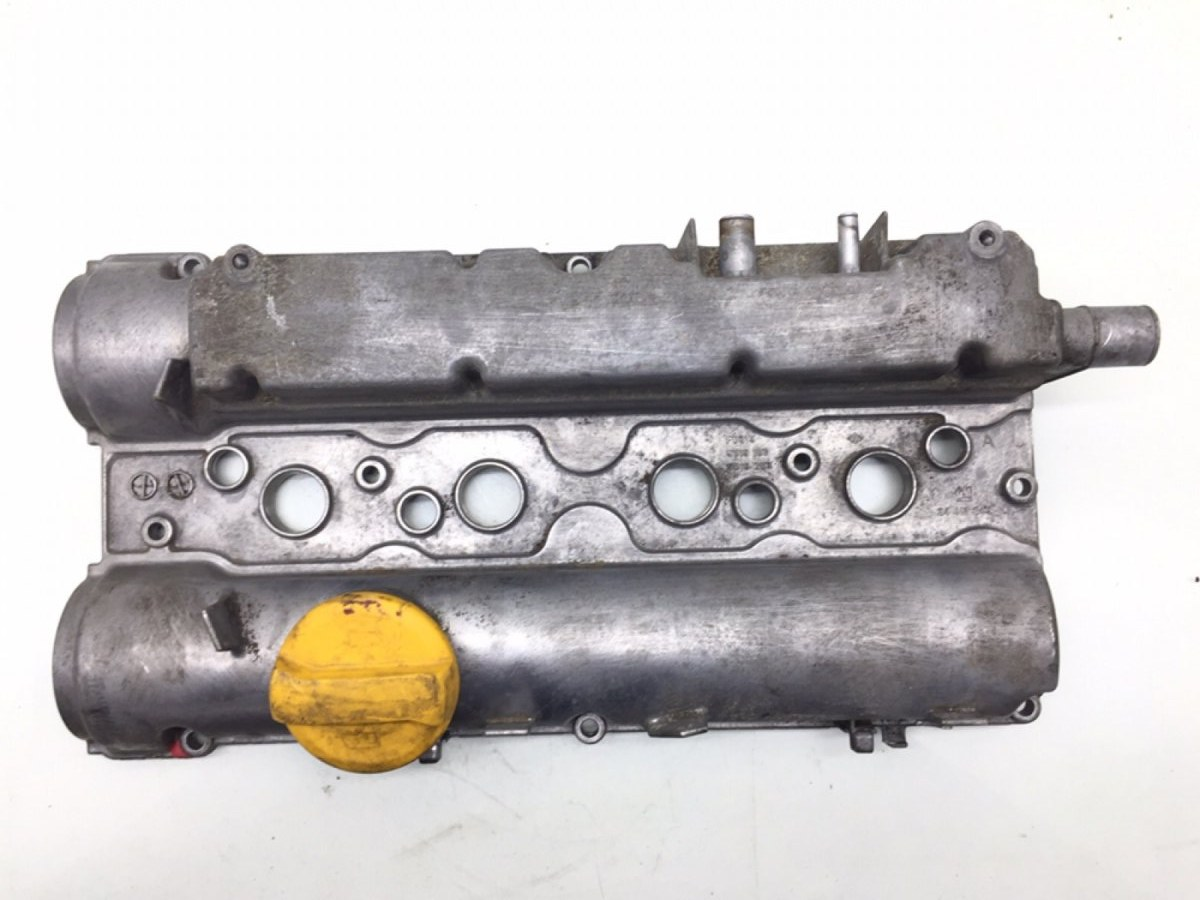 Клапанная крышка Opel Zafira A 1.6 I 2005 (б/у)
