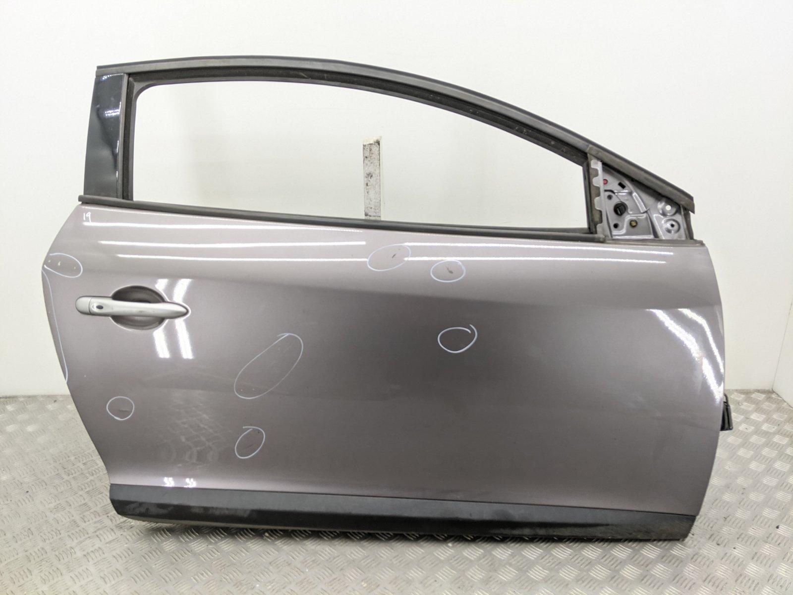 Дверь передняя правая Renault Megane 3 1.6 I 2009 (б/у)
