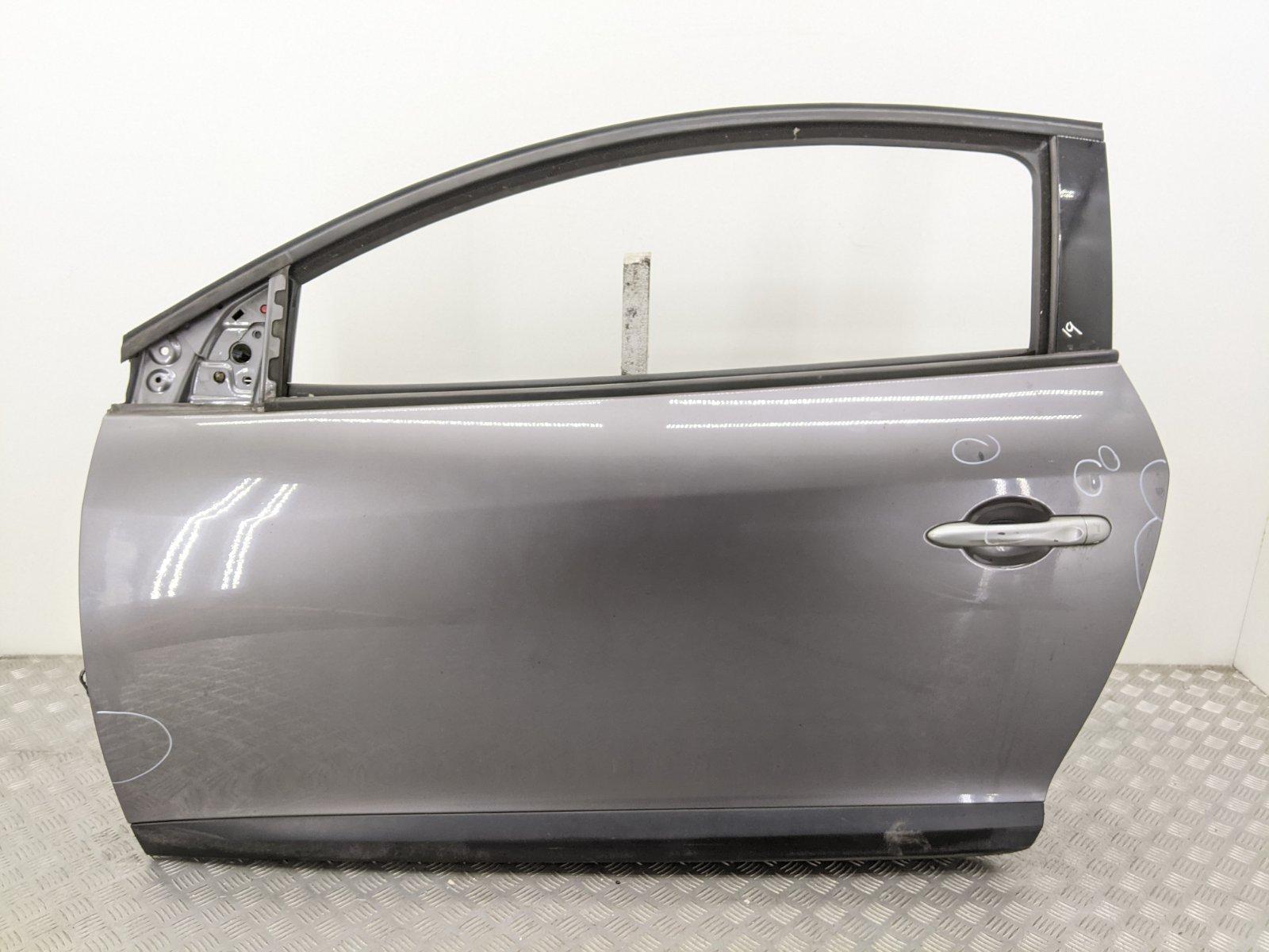 Дверь передняя левая Renault Megane 3 1.6 I 2009 (б/у)