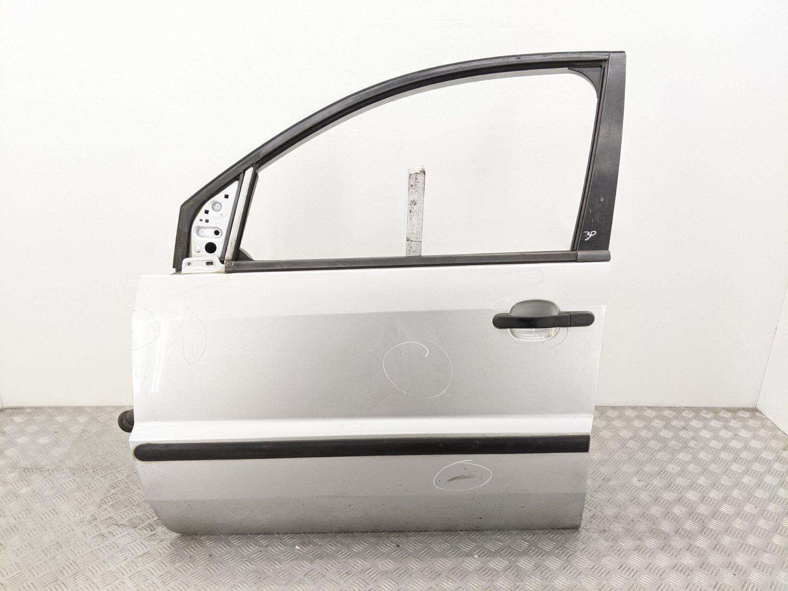 Дверь передняя левая Ford Fusion 1.4 TDCI 2003 (б/у)