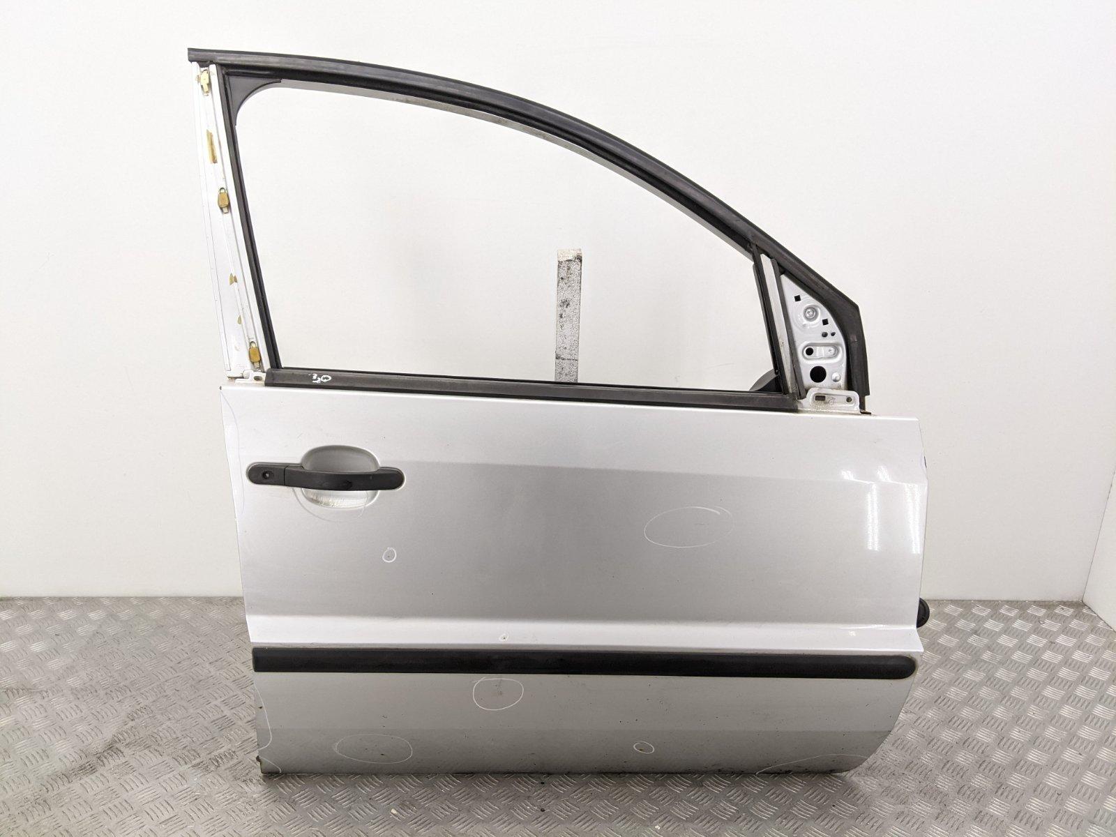 Дверь передняя правая Ford Fusion 1.4 TDCI 2003 (б/у)