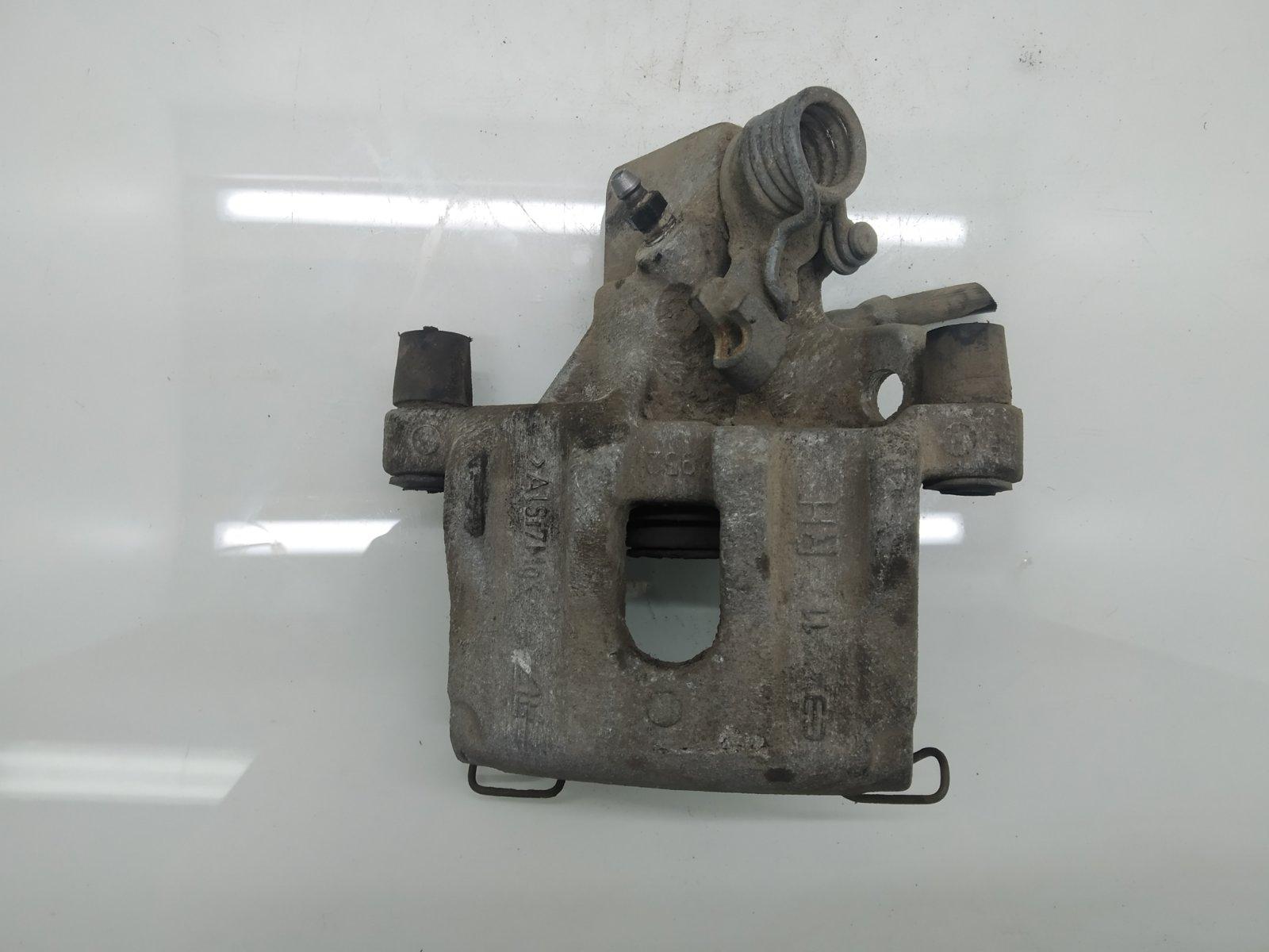 Суппорт задний правый Mazda 3 BK 1.6 I 2008 (б/у)