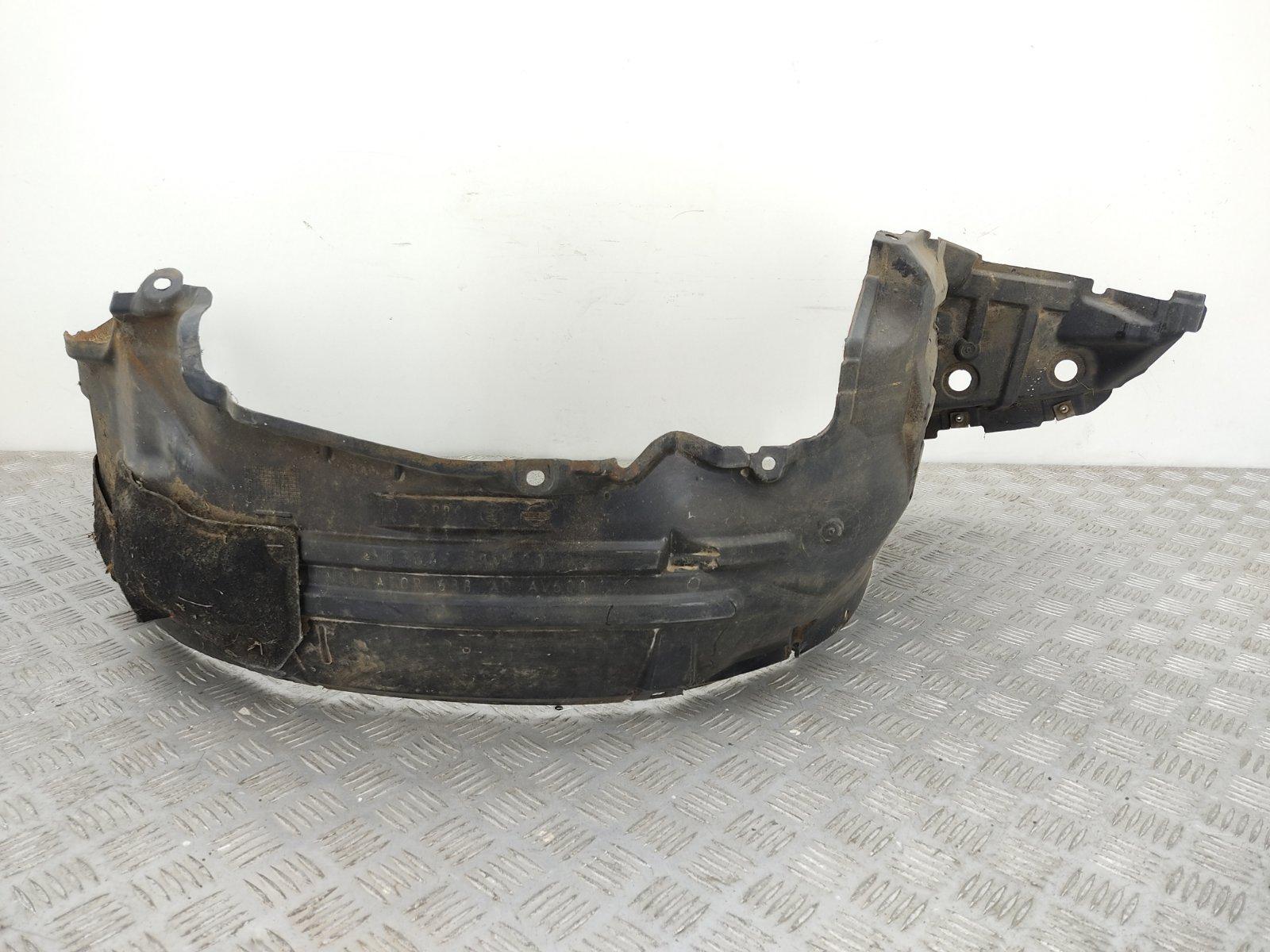Защита арок передняя правая (подкрылок) Nissan Primera P12 1.8 I 2002 (б/у)