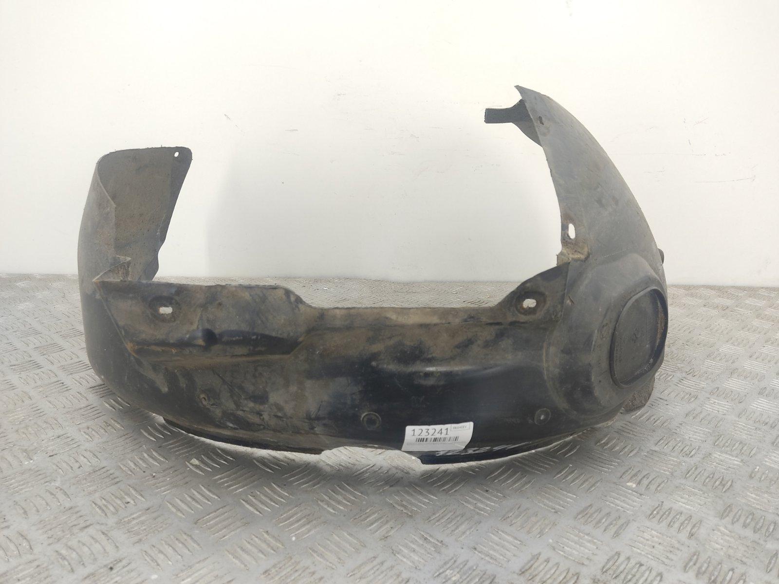 Защита арок передняя правая (подкрылок) Volkswagen Passat B5 1.9 TDI 2004 (б/у)