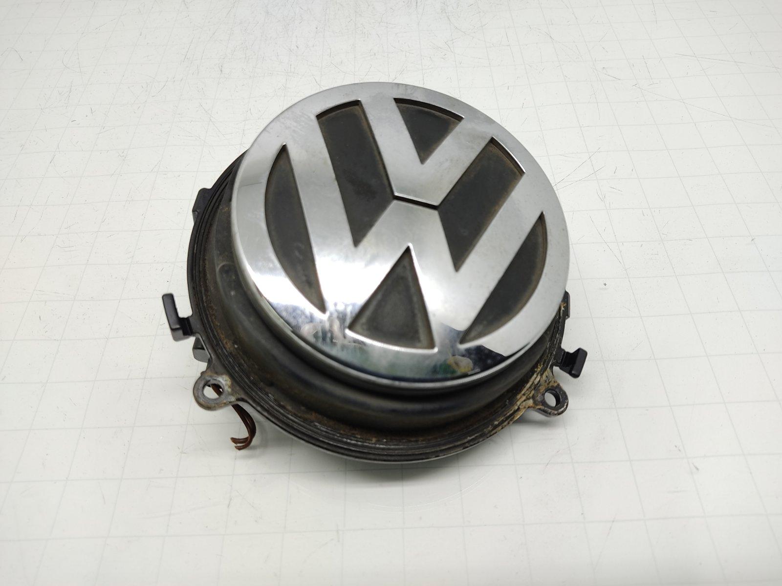 Ручка крышки багажника Volkswagen Passat B6 2.0 TDI 2006 (б/у)