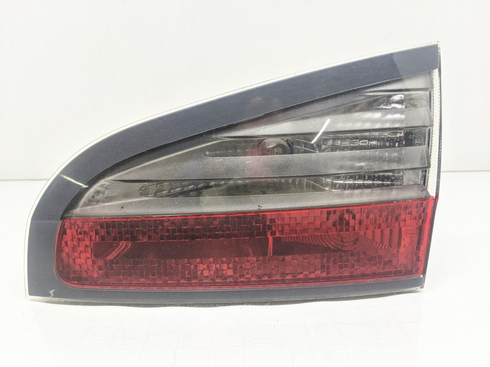 Фонарь крышки багажника правый Ford S-Max 1.8 TDCI 2008 (б/у)