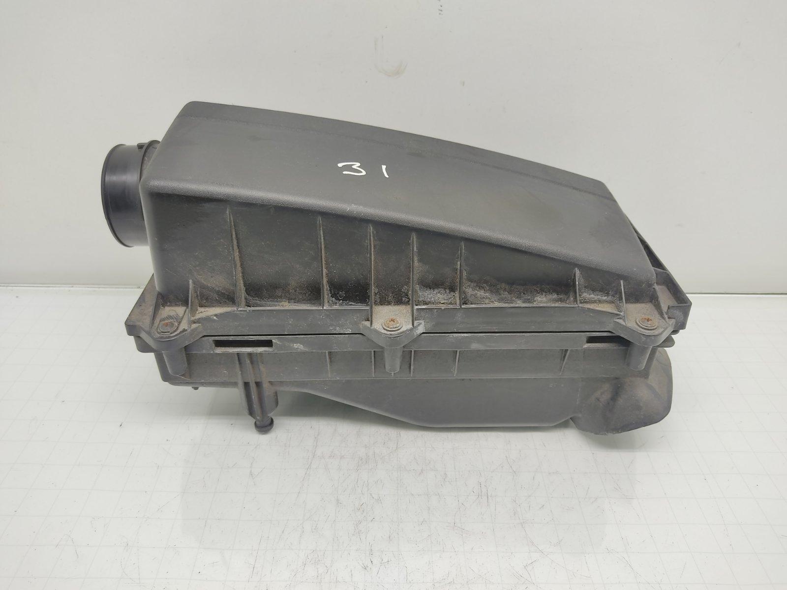 Корпус воздушного фильтра Ford Mondeo 1.8 I 2007 (б/у)