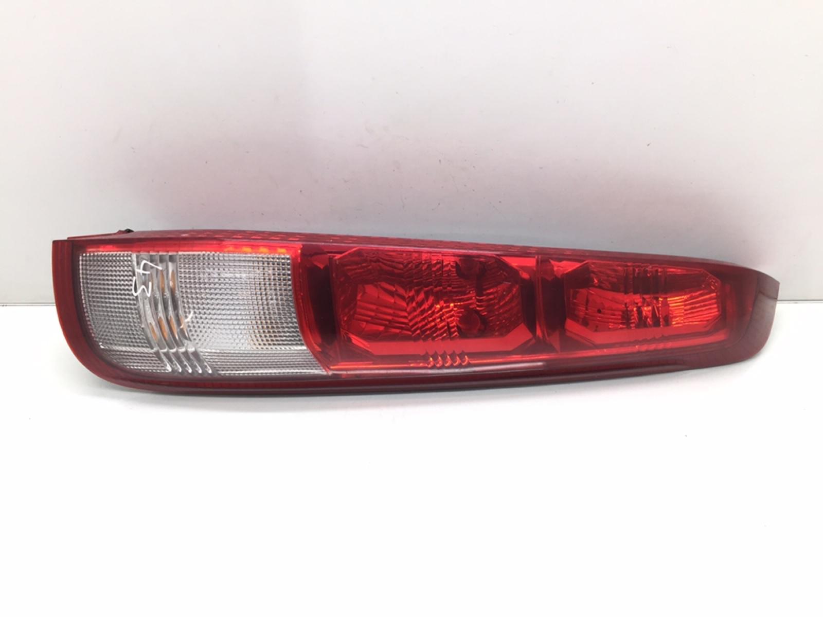 Фонарь задний правый Nissan X-Trail T30 2.0 I 2002 (б/у)