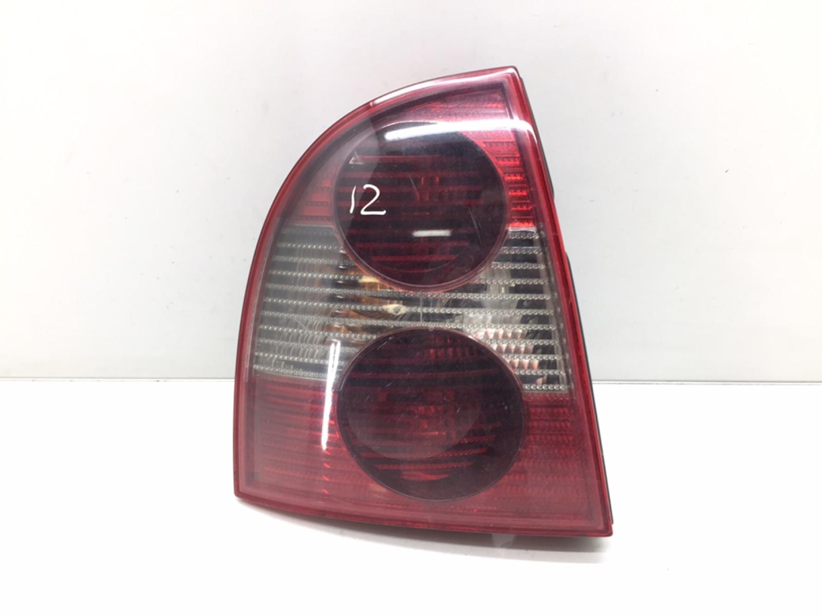 Фонарь задний левый Volkswagen Passat B5 1.9 TDI 2004 (б/у)