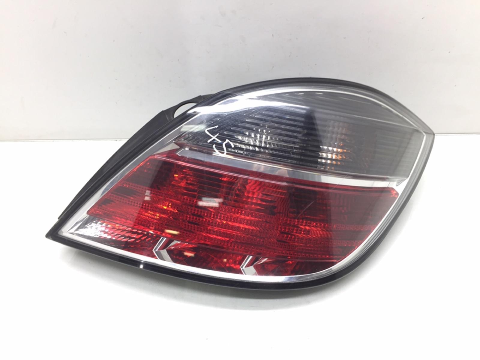 Фонарь задний правый Opel Astra H 1.4 I 2009 (б/у)