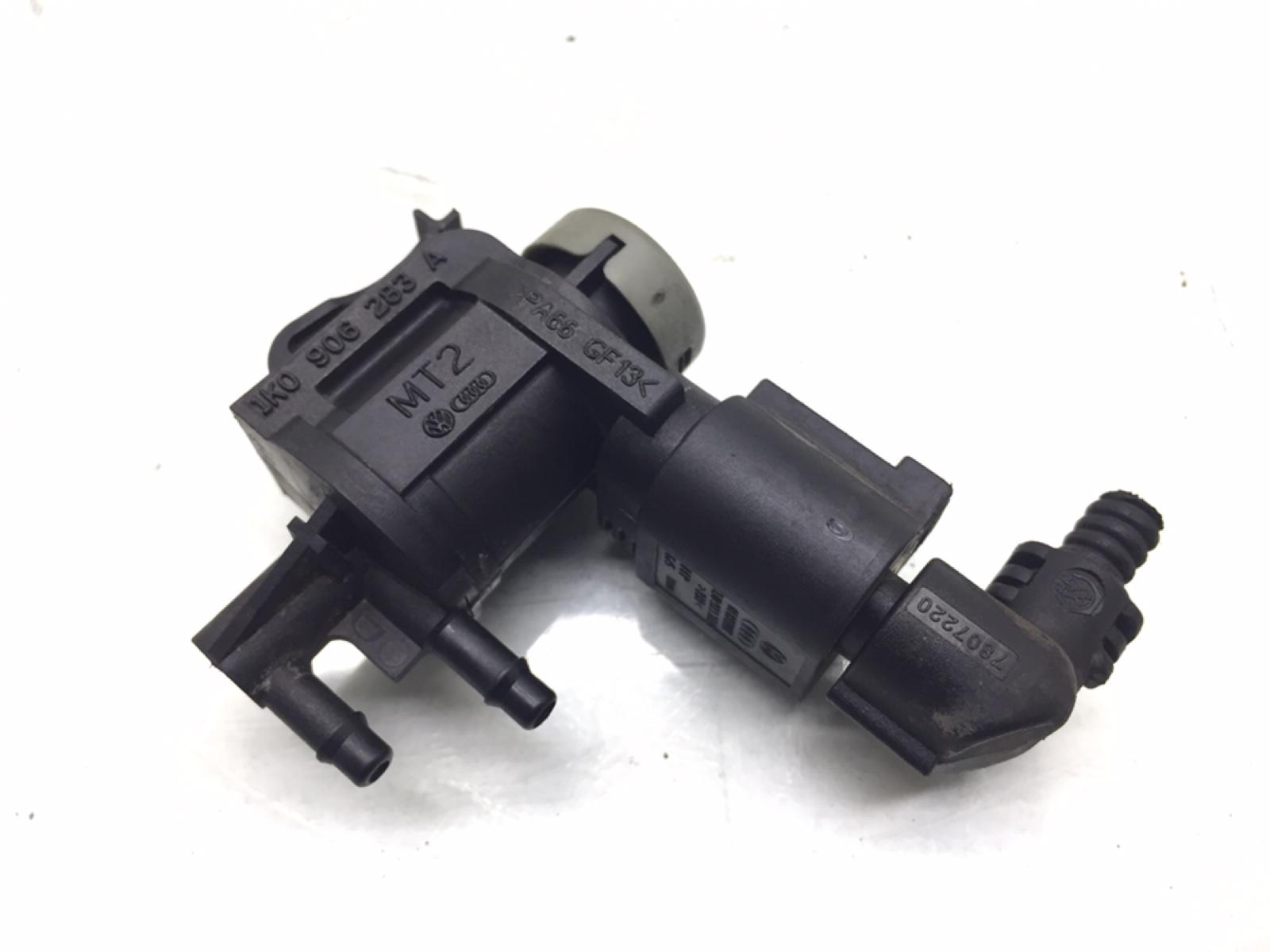 Клапан электромагнитный Audi A6 C6 2.0 TDI 2008 (б/у)