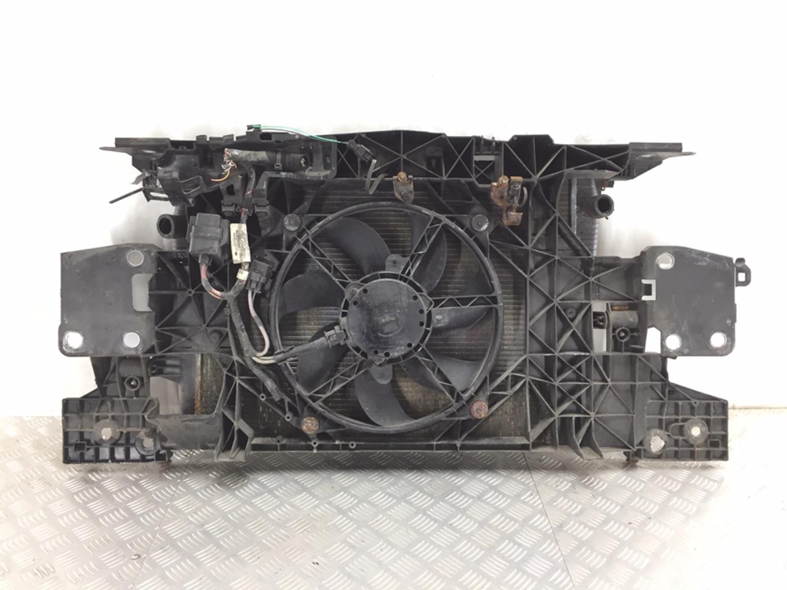 Панель передняя (телевизор) Renault Megane 3 1.6 I 2009 (б/у)