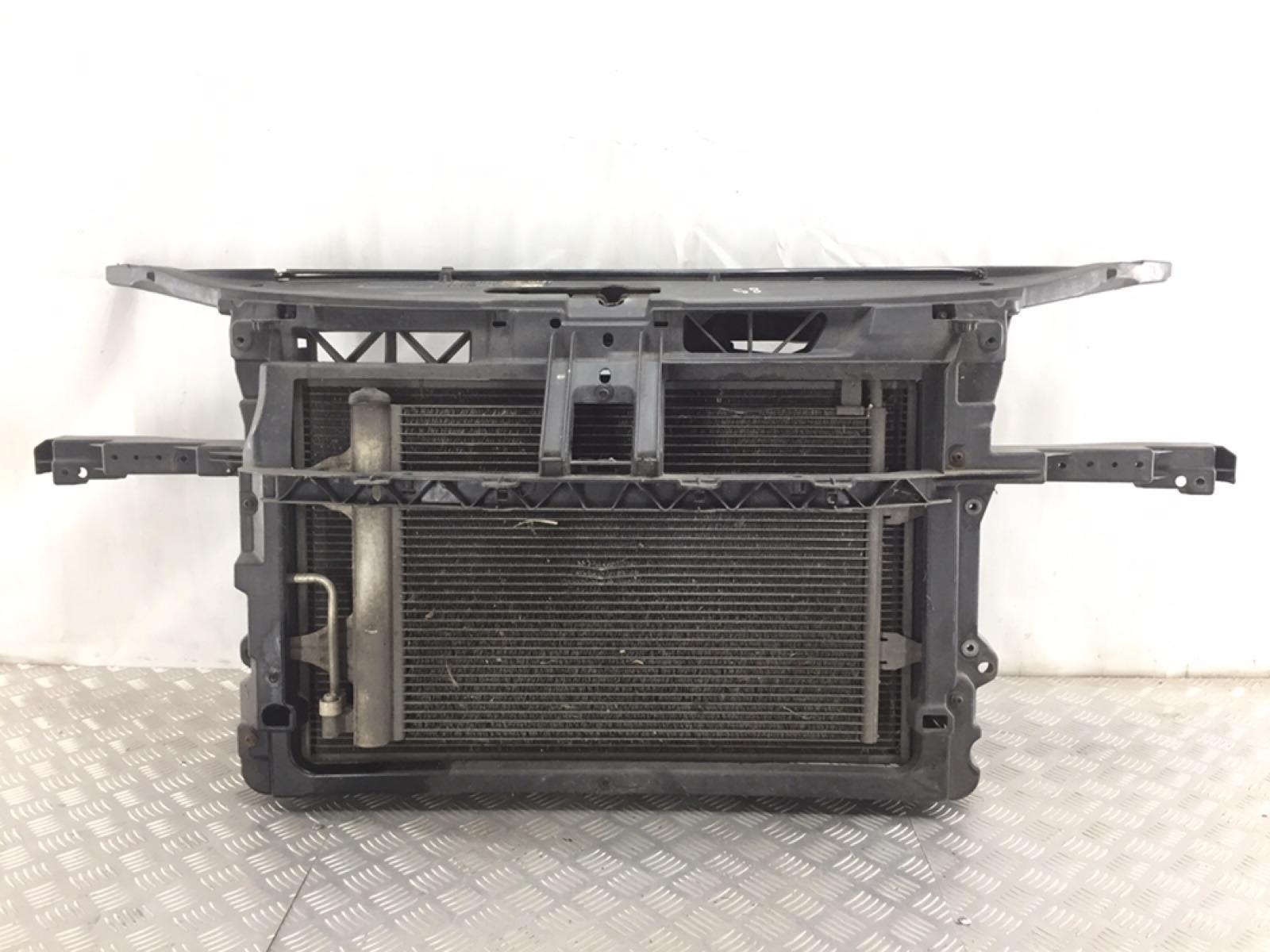 Панель передняя (телевизор) Volkswagen Polo 1.4 TDI 2008 (б/у)
