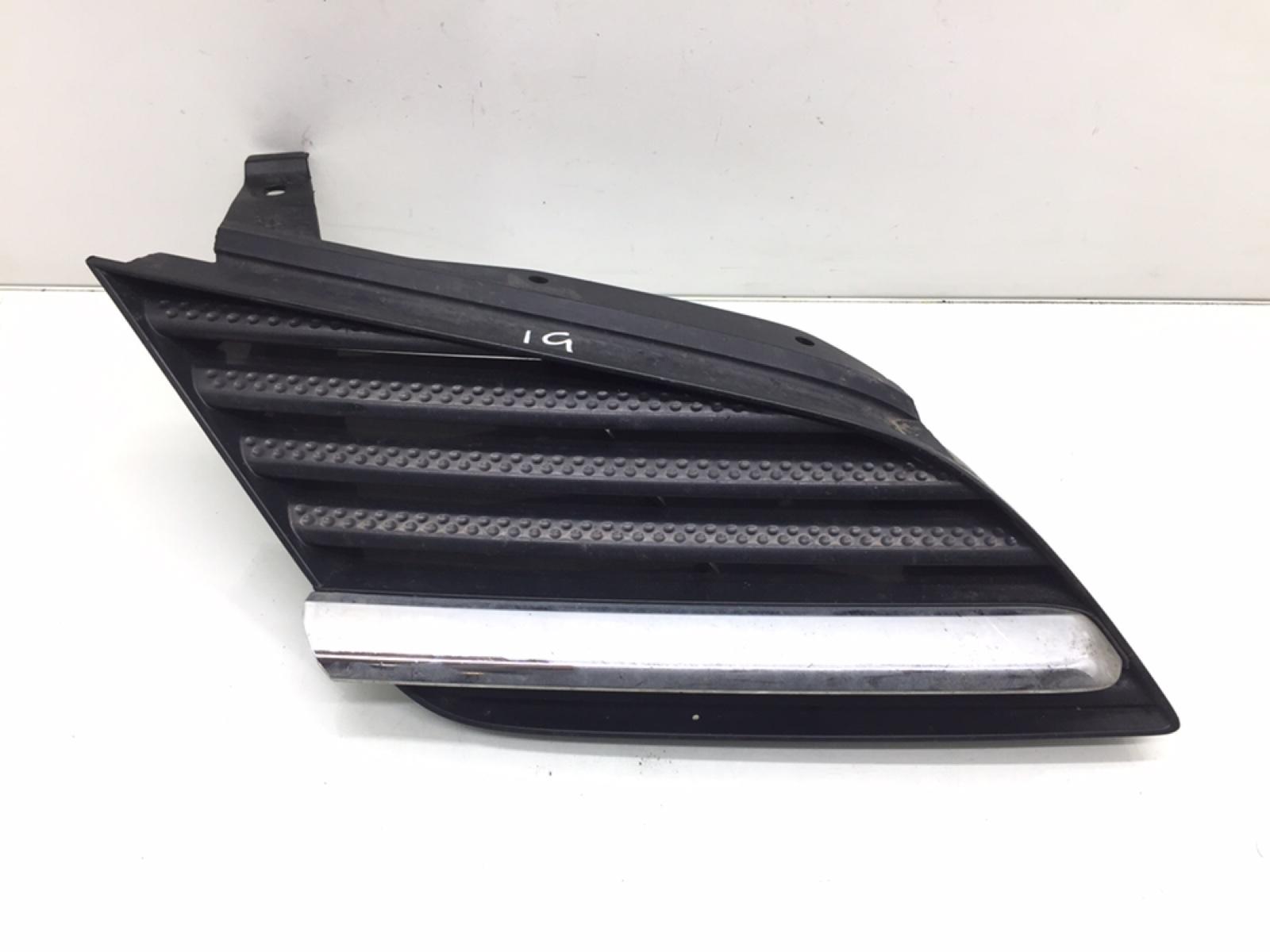Решетка радиатора Nissan Primera P12 1.8 I 2005 (б/у)