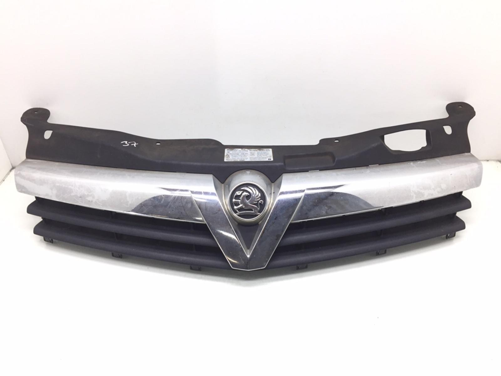 Решетка радиатора Opel Astra H 1.8 I 2006 (б/у)
