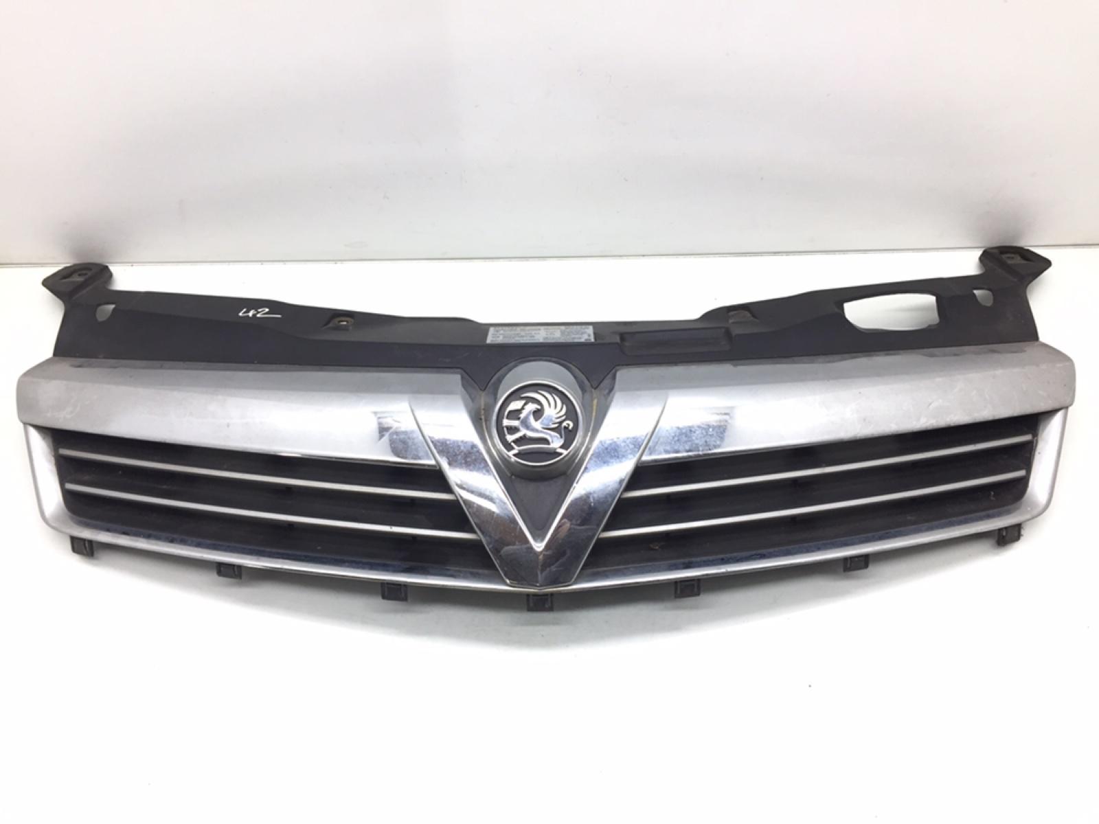 Решетка радиатора Opel Astra H 1.4 I 2008 (б/у)