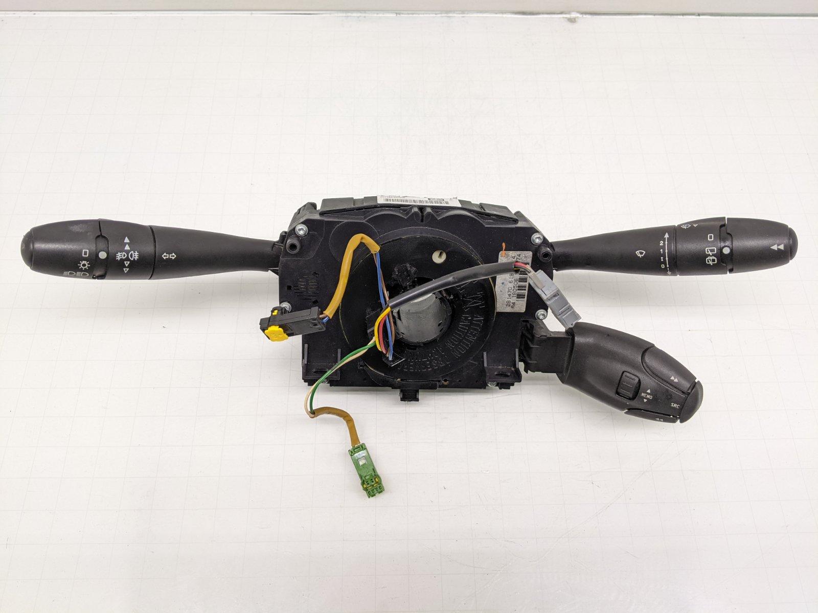 Переключатель подрулевой (стрекоза) Peugeot 207 1.6 I 2006 (б/у)