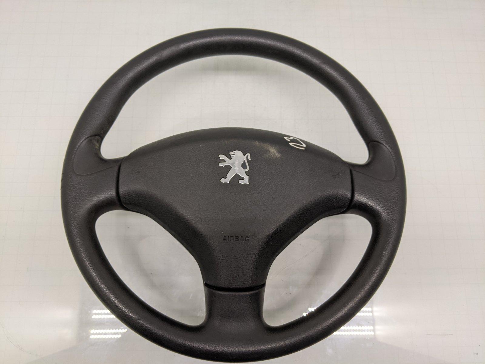 Руль Peugeot 308 T7 1.4 I 2009 (б/у)