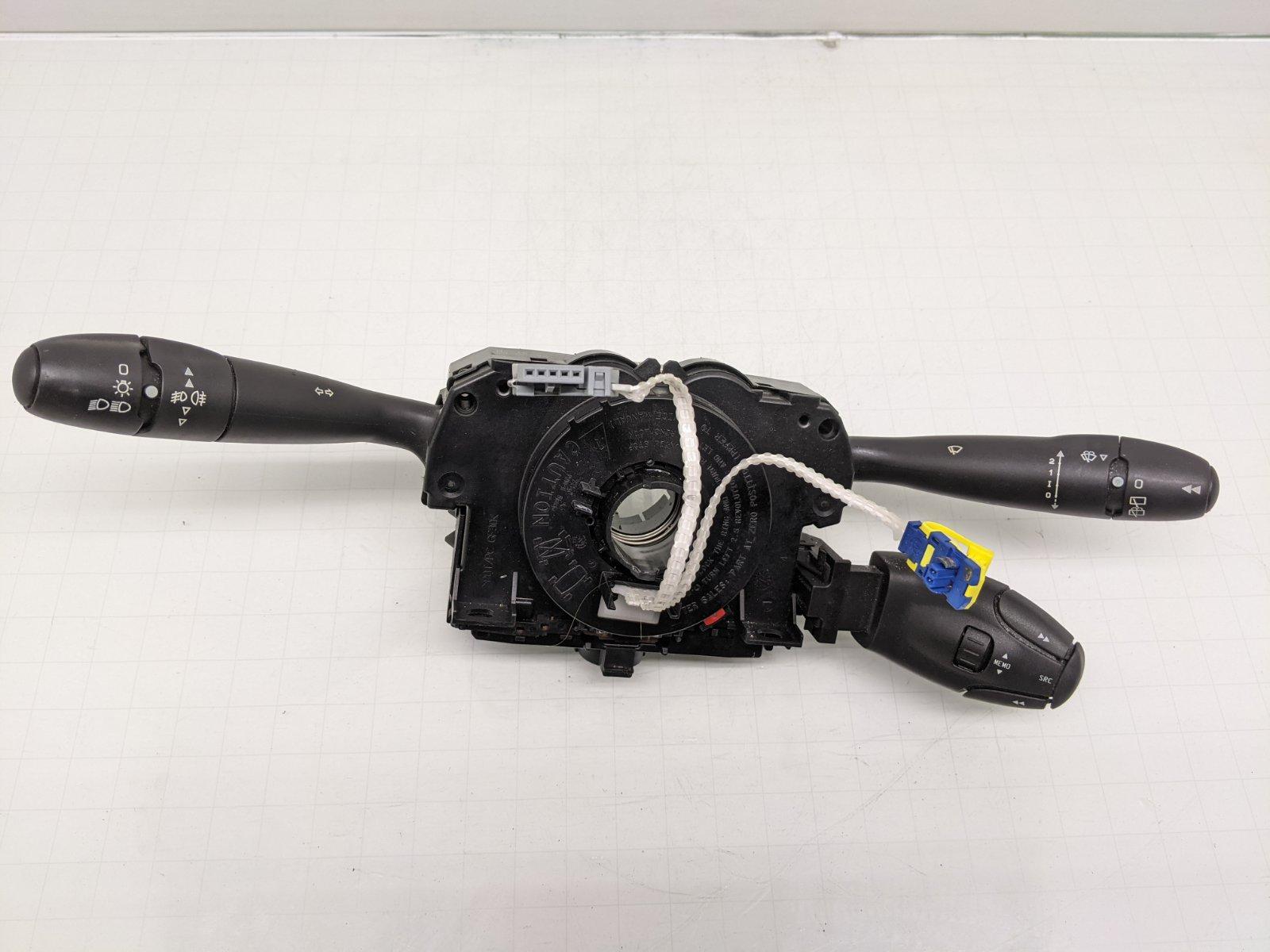 Переключатель подрулевой (стрекоза) Peugeot 308 T7 1.4 I 2009 (б/у)