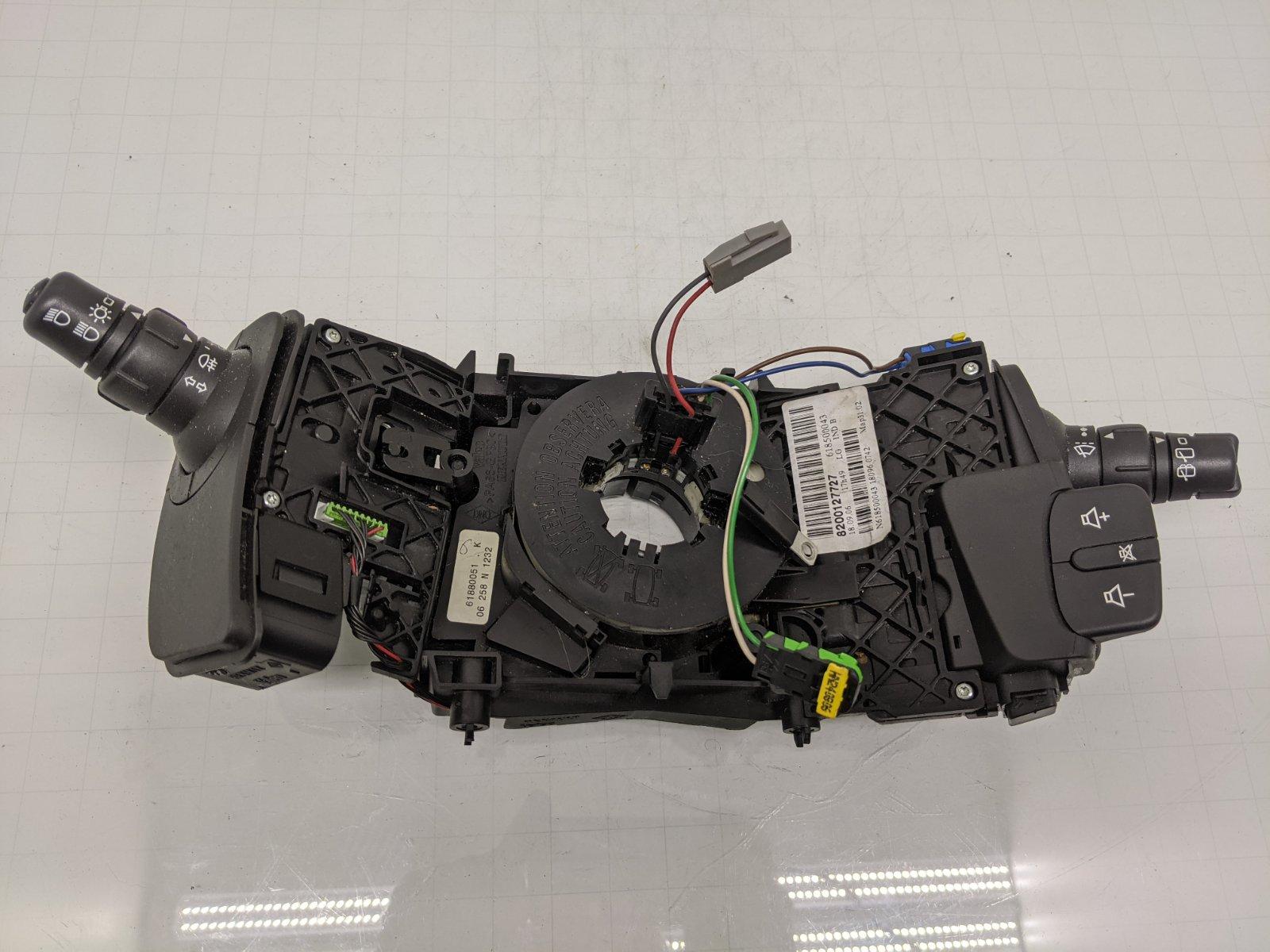 Переключатель подрулевой (стрекоза) Renault Scenic 2 1.6 I 2006 (б/у)