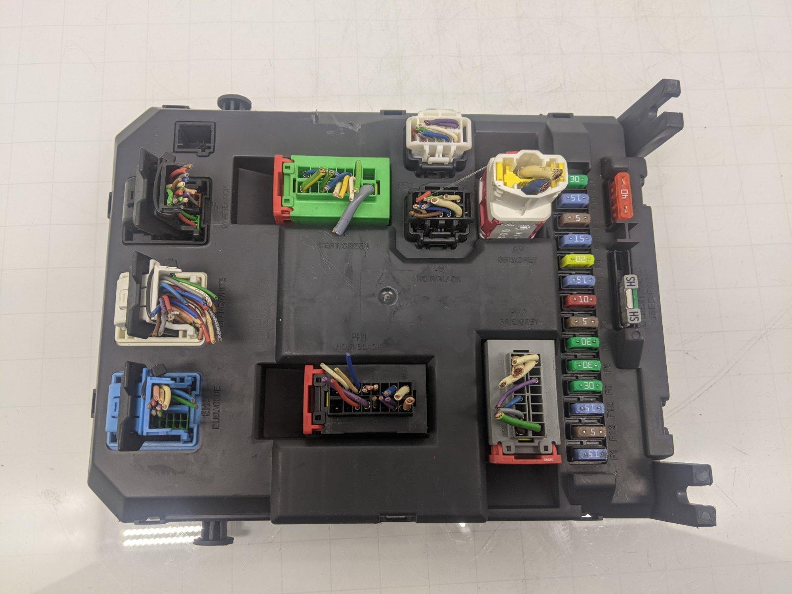 Блок комфорта Citroen C3 1.4 I 2012 (б/у)