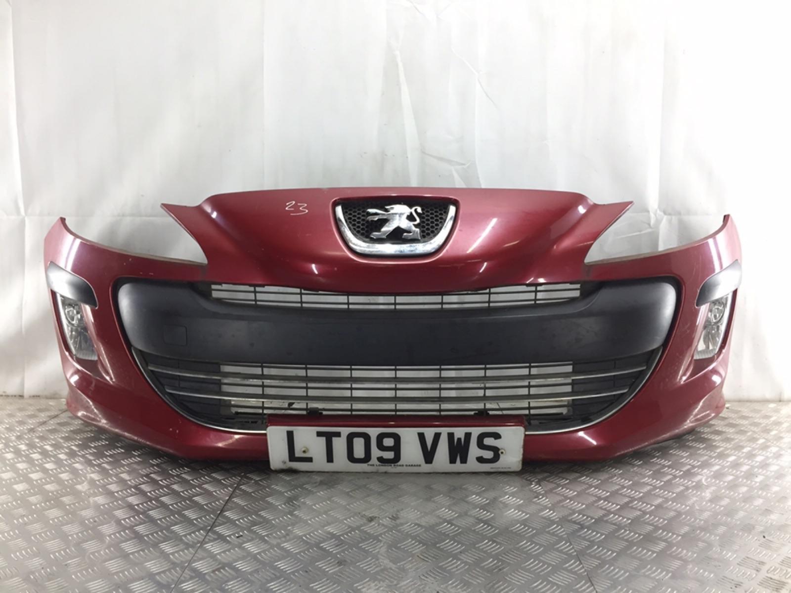 Бампер передний Peugeot 308 T7 1.4 I 2009 (б/у)