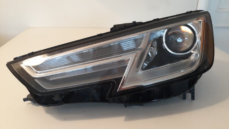 Фара Audi A4 B9 2017 передняя левая (б/у)