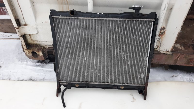 Радиатор двс Kia Sorento 3E 2.5 CRDI 2008 (б/у)