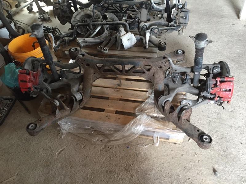 Задняя часть подвески Audi A4 B8 2010 задняя (б/у)