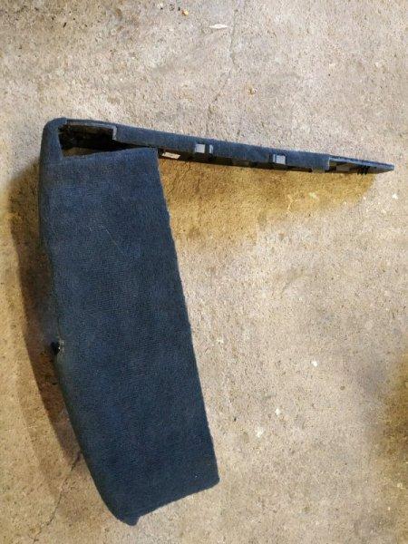 Крышка под кресло Audi Q7 4L 2008 правая (б/у)