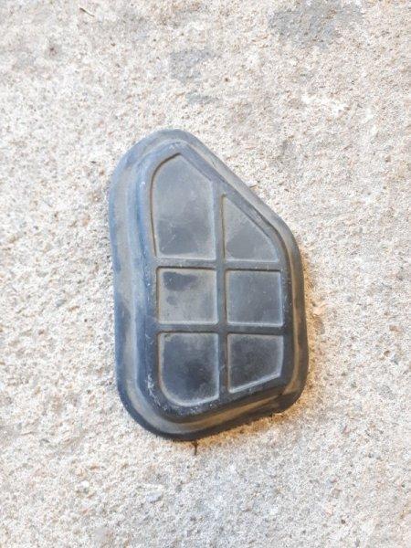 Заглушка в лонжерон Audi A4 B8 2008 задняя правая (б/у)