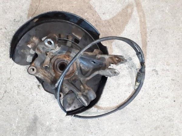 Кулак Audi Q7 4L 2010 задний правый (б/у)