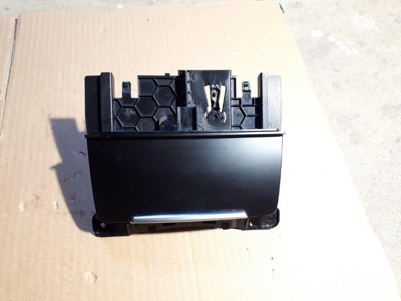 Пепельница Audi A5 8T 1.8 CJE 2012 (б/у)